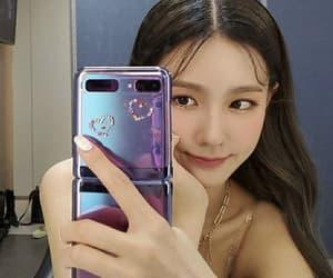 case, selfie, and shuhua image