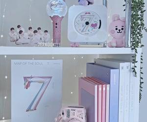 aesthetic, decor, and shelf image