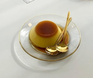 candy, golden, and creme caramel image