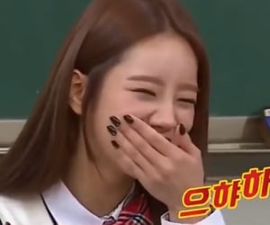 gg, hyeri, and girl's day image