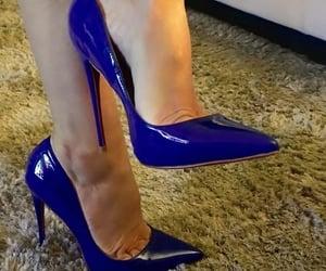tacchi, blu, and heels image