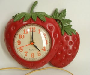 strawberries, red aesthetics, and cutecore image