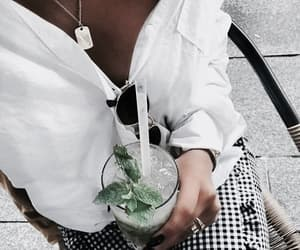 cocktail, drink, and lifestyle image