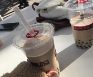 aesthetic, boba, and drink image