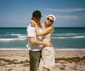 beach day, cute couple, and film image