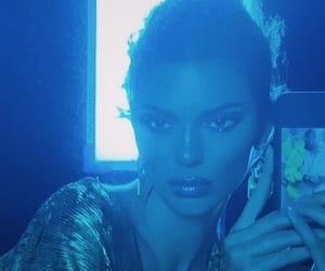 blue, makeup, and kendall jenner image