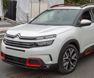 SUV, citroen c5, and plug-in hybrid image