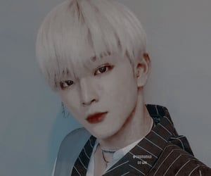aesthetic, kpop theme, and edit image