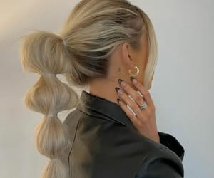 blond, fashion, and nails image