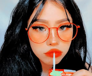 aesthetic, bright, and glasses image