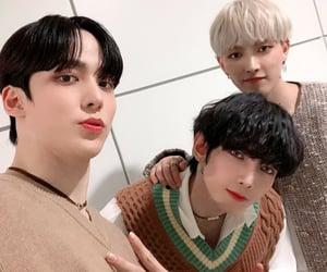 kpop, yunho, and selca image