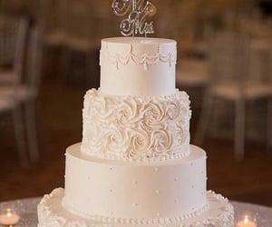 amazing, wedding day, and cake image