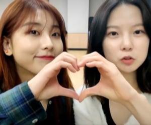 girl group, heart, and kpop image