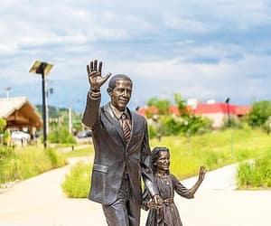 sasha, south dakota, and barack obama image