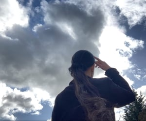aesthetic, sky, and haïr image