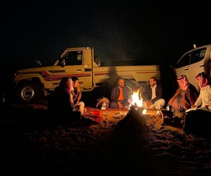 camping, friends, and ناس image