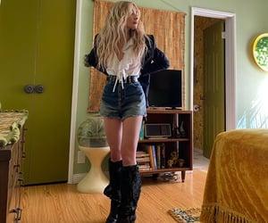 sabrina carpenter, beautiful, and singer image