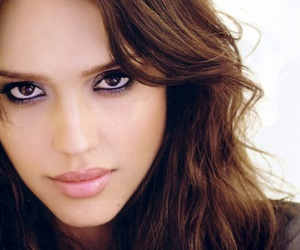 eye make up and jessica alba image
