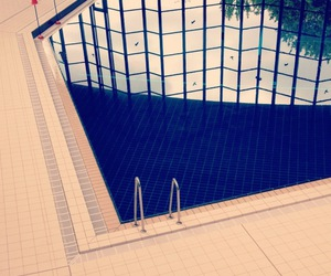 swimming pool and reflection image