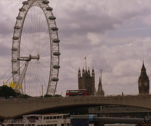 london, red bus, and london eye image