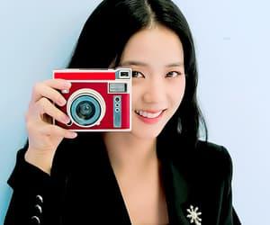 gif, kim jisoo, and blackpink image