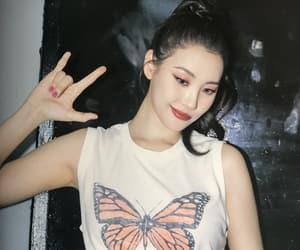 kpop and sunmi image