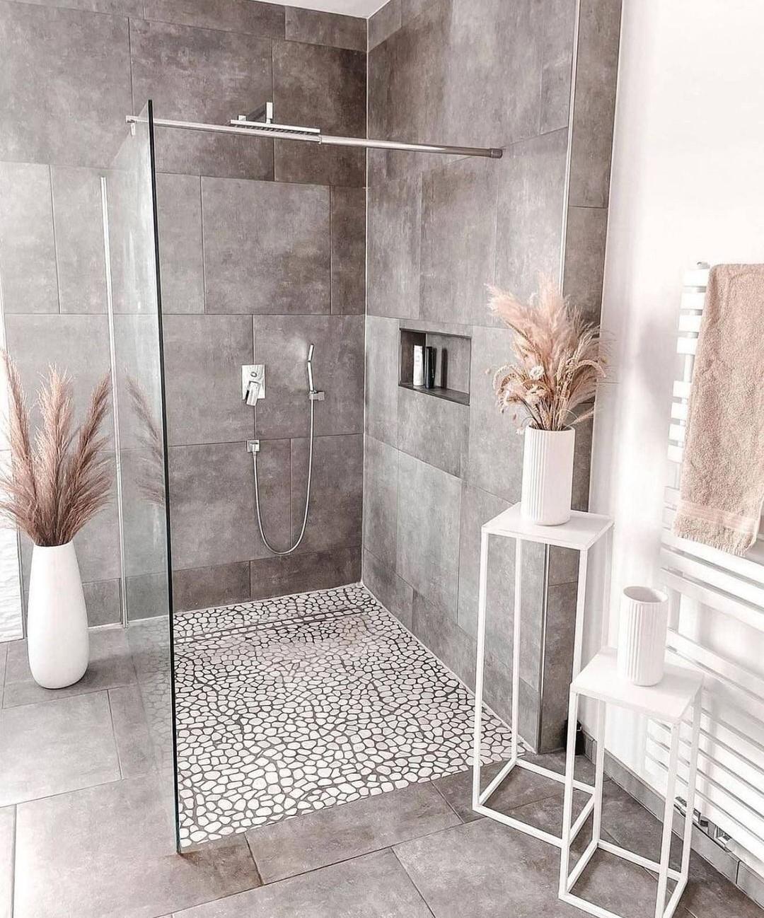bath, bathroom, and decoration image