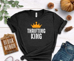 king, t-shirt, and thrifting image