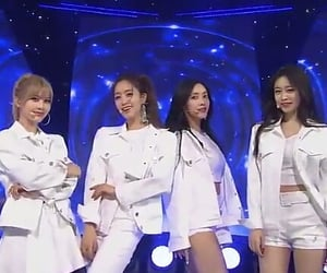 girl group, stage, and qri image