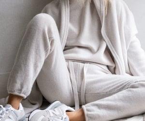 blogger, comfort, and fashion image