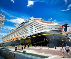 luxury vessel trips image