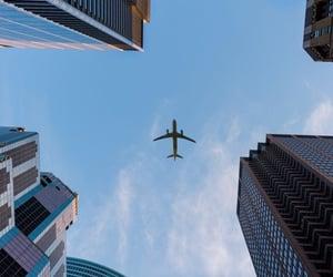 city and aviones image