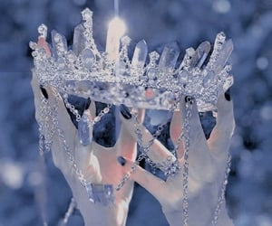 aesthetic and crown image