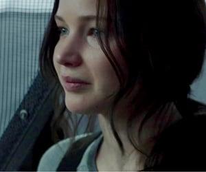 katniss everdeen and mockingjay image