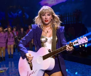 Taylor Swift, miss americana, and 13 image