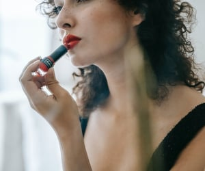 best makeup brands, natural makeup products, and organic makeup products image
