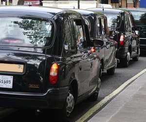 taxi to leeds image