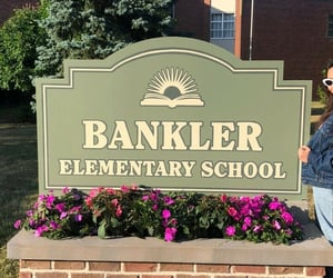 ginny and georgia and bankler elementary school image
