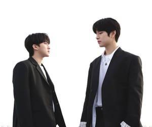 black hair, seungmin, and 스트레이키즈 image