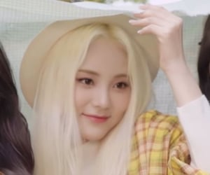 gg, kpop, and jinsoul image