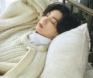 korean, sleep, and jungkook image