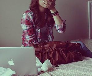 girl and apple image