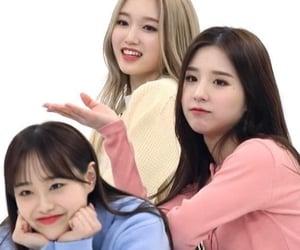 chuu, loona, and gowon image