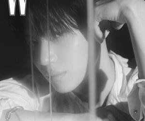 black and white, idol, and photoshoot image