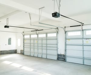 auto garage door opener image