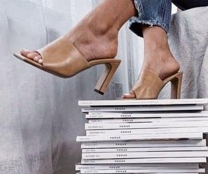 accessoires, details, and shoes image