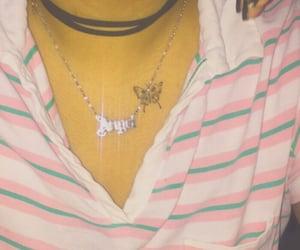 collar, rayas, and rosa image