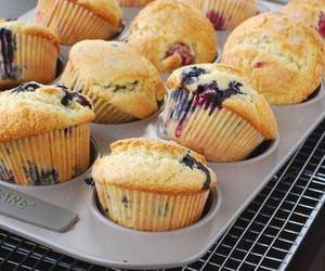 food, muffin, and cupcake image