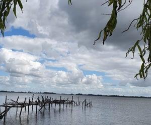 cielo, lago, and agua image