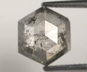 loose diamond, natural diamond, and hexagon shape diamond image